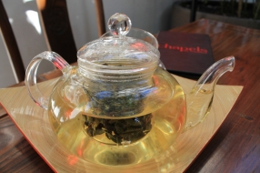 Silk oolong tea