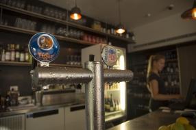 Vin & Oli Freo Beer On Tap