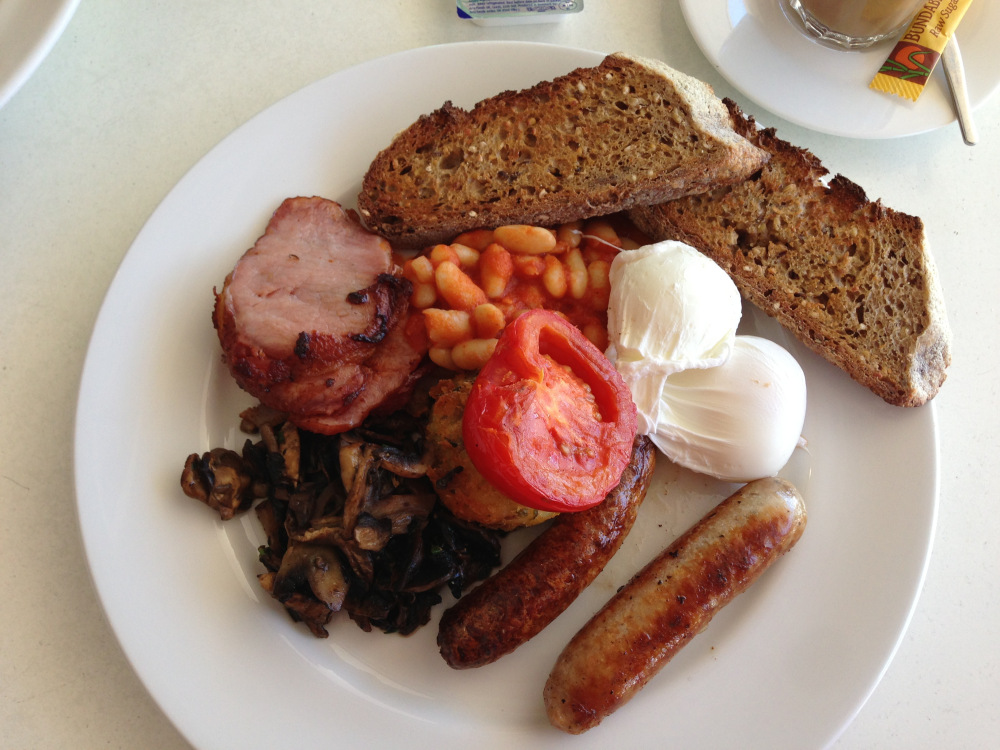 free-range-eggs-poached-baked-beans-grilled-tomato-sausage-hash-brown ...